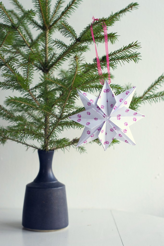 DIY Origami Christmas Ornament | Hungry Heart