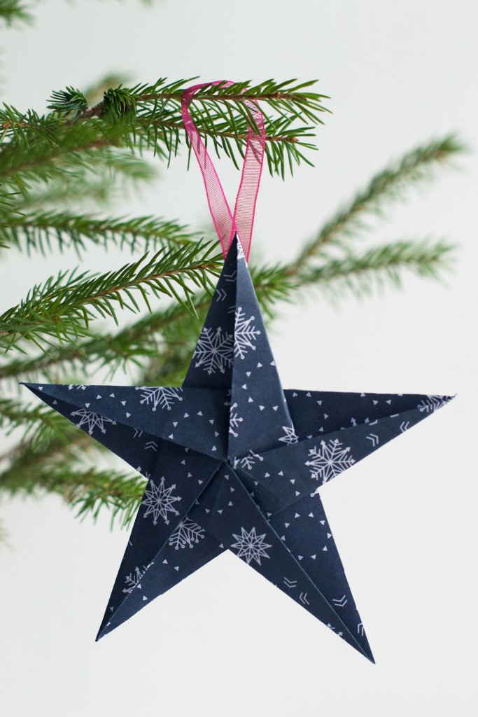 DIY Origami Star Ornament | Hungry Heart