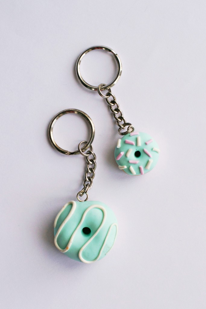 DIY Clay Donut Keyring Tutorial | HungryHeart.se