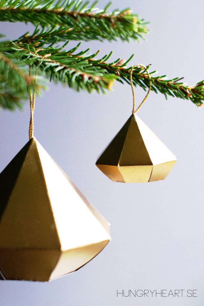 DIY Diamond Ornament with FREE Template | Hungry Heart