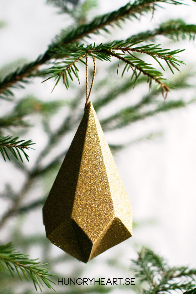 DIY Paper Crystal Ornament with FREE Template | Hungry Heart